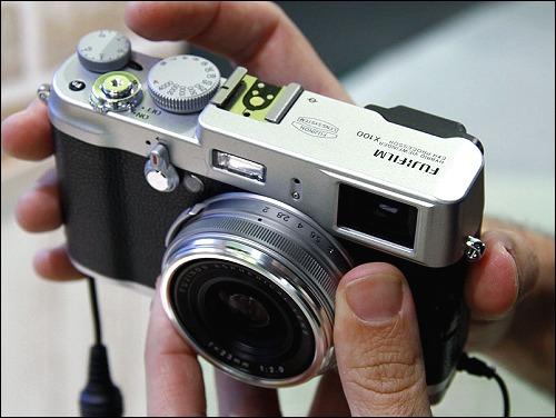 Kamera Yang Paling Best? 1