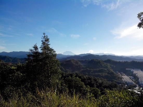 Mendaki Bukit Padang Kota Kinabalu 5