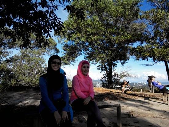 Mendaki Bukit Padang Kota Kinabalu 6