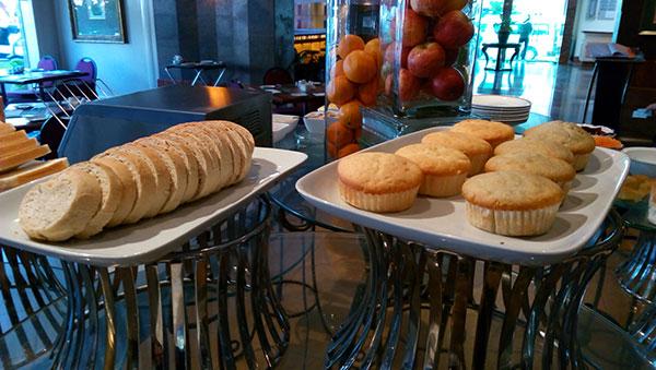 roti dan muffin kek