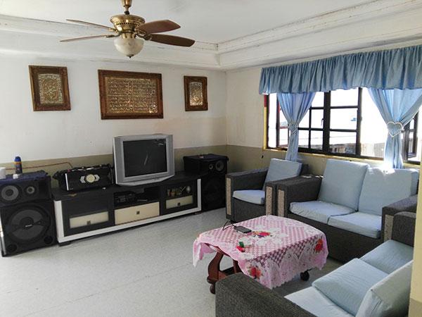 Penginapan di Pulau mantanani Sabah