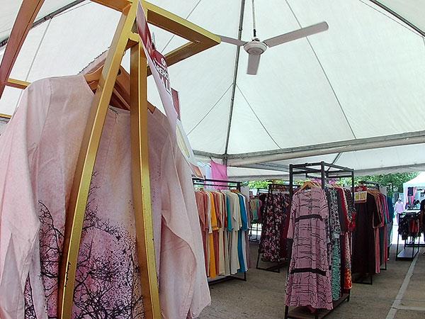 Benang Hijau dan Muslimah Clothing (MCC) Buat Warehouse Sale 4