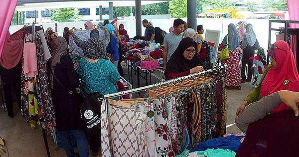 Benang Hijau dan Muslimah Clothing (MCC) Buat Warehouse Sale 1