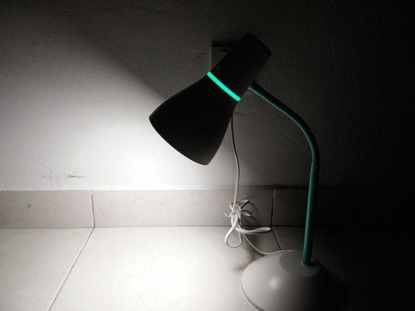 Lampu Meja Murah Kerja dan Belajar Philips Eco Lamp 4