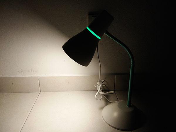 Lampu Meja Murah Kerja dan Belajar Philips Eco Lamp 5